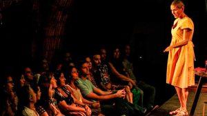 Teatro, ofício e prazer: Mais Cora no palco Yara Amaral, em Taguatinga!