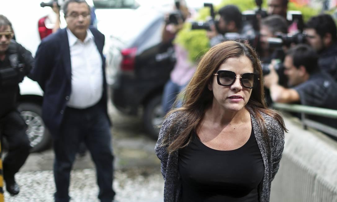Dinheiro de caixa 2 para reeleição de Lula era entregue em caixas de roupas e sapatos, diz delatora