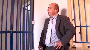 Advogado é preso após entregar banana para funcionária de empresa aérea