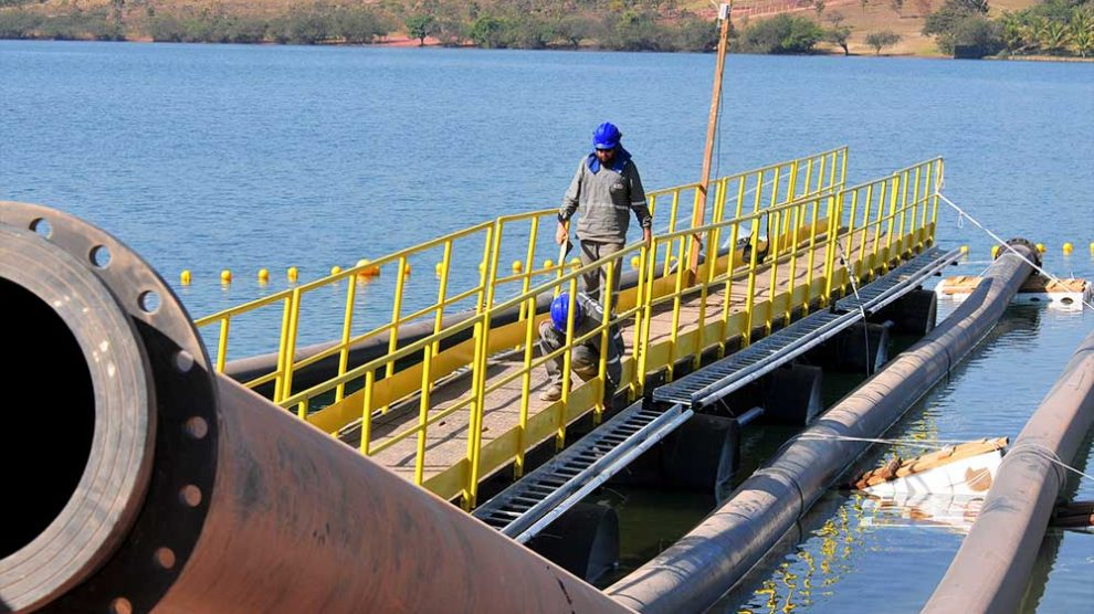 Obras de captação no Lago Paranoá estão 74% executadas