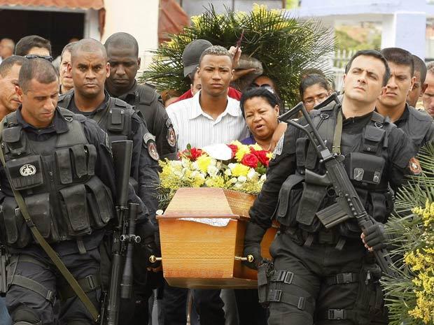 Resultado de imagem para morte de policiais no rio