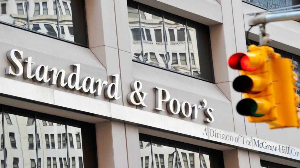 Standard & Poor's retira observação negativa da nota de crédito do Brasil