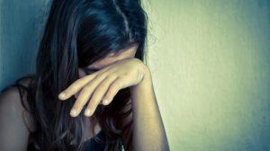Menina de 12 anos denuncia pai por abuso sexual, agressão e tráfico de drogas