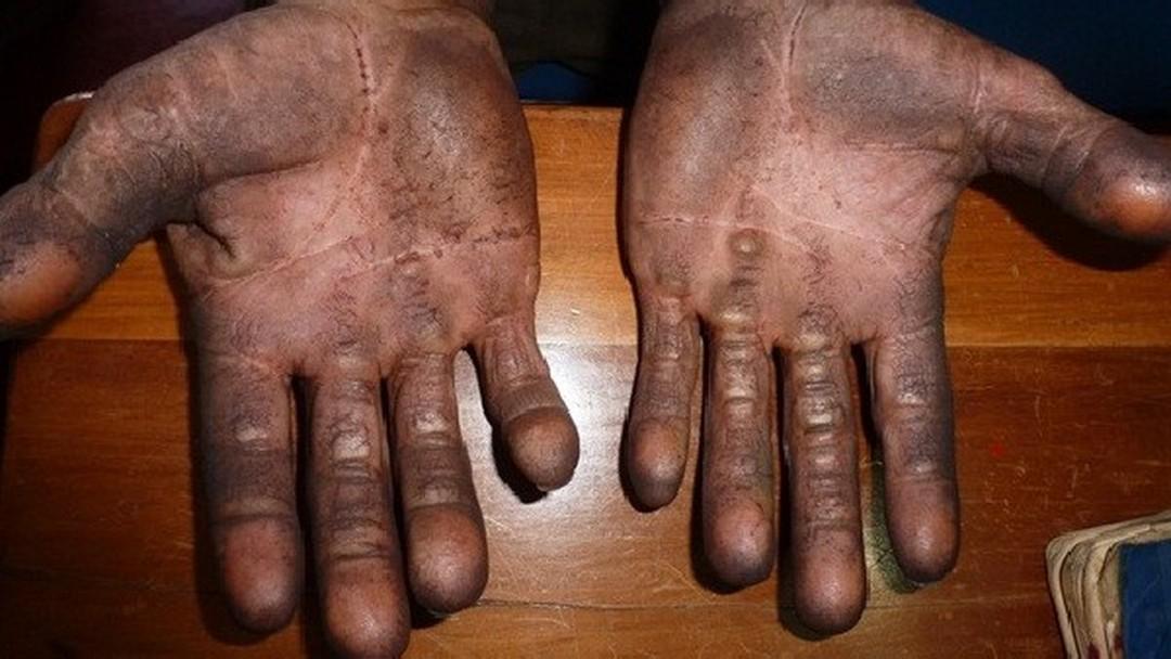 Resultado de imagem para escravo brasília fazenda