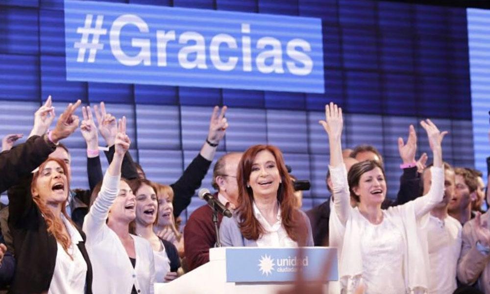 Cristina Kirchner é eleita senadora, mas Macri domina eleições na Argentina