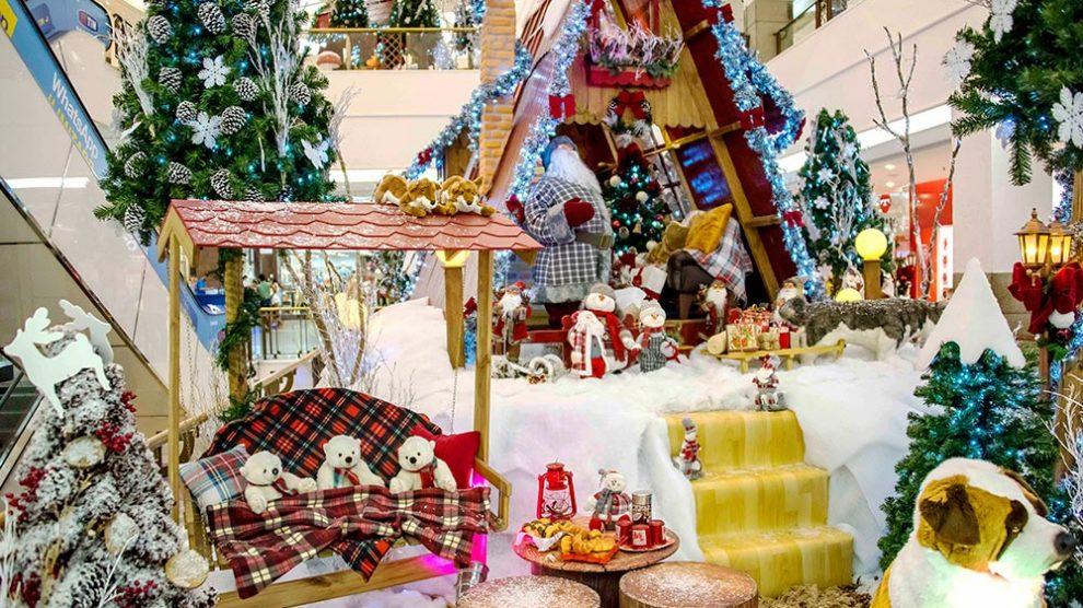 JK Shopping espera o Papai Noel com decoração congelante