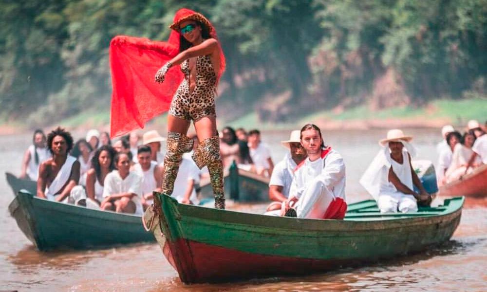 Is That For Me: ouça o novo single de Anitta em parceria com DJ Alesso