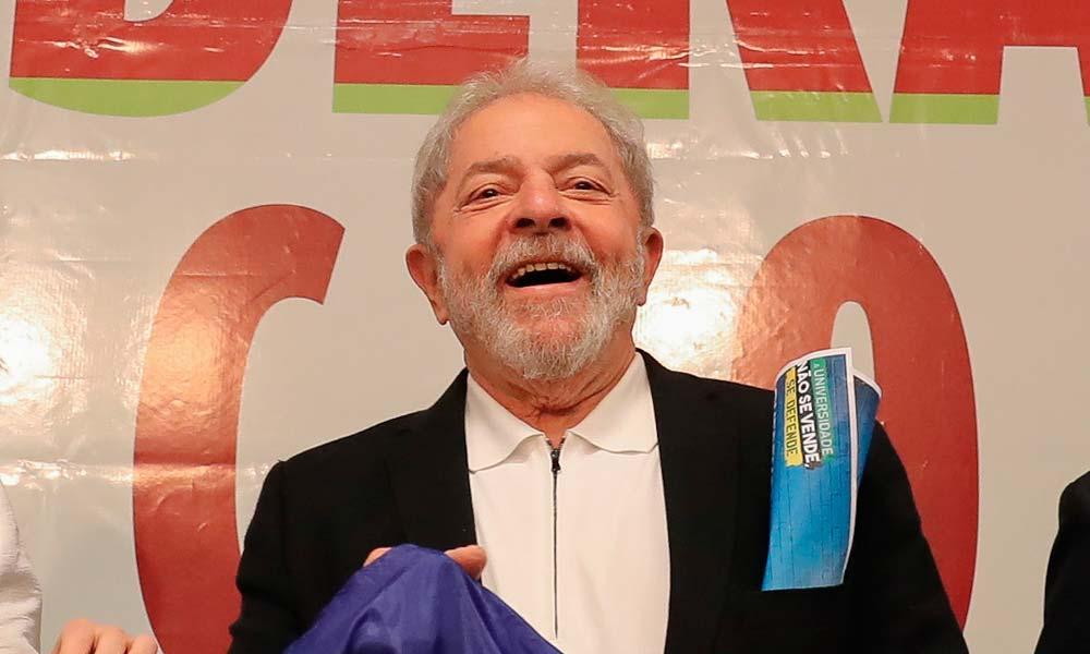 """Lula diz que está """"lascado"""" e que espera desculpas de Moro"""
