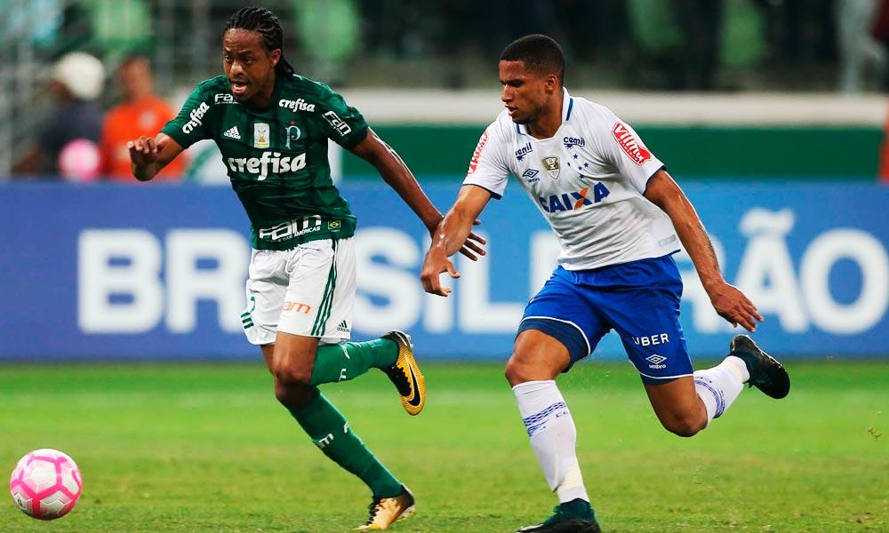Palmeiras e Cruzeiro empatam na arena; Corinthians agradece