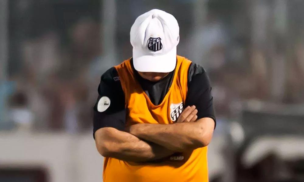 Santos demite Levir Culpi após derrota para o São Paulo no clássico
