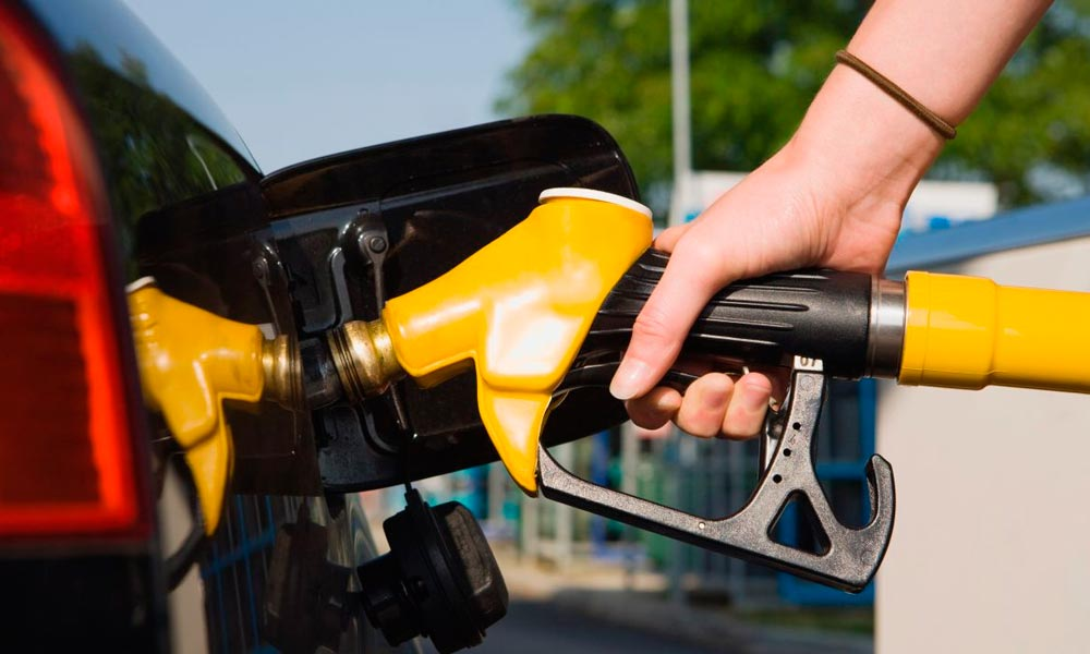 Petrobras aprova reajustes de 2,3% na gasolina e de 1,9% para diesel