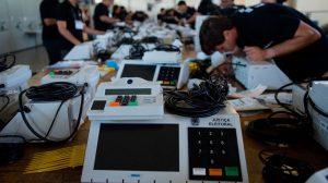 TSE conclui testes de segurança em urnas; seis falhas foram identificadas no sistema