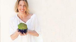 Studio Pod lança coleção de louças para chá em parceria com artista plástico