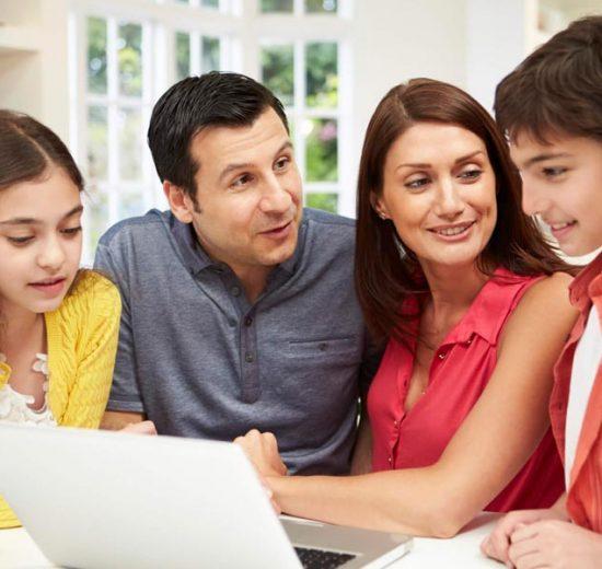 Fale de finanças com sua família!