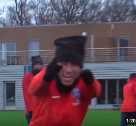 Caneta de cinema de Neymar inspira vídeo postado pelo PSG; veja