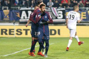 Com gol e comemoração curiosa de Neymar, PSG vence Amiens e vai à semi da Copa da Liga