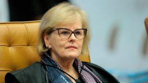 Relatora no STF vota contra venda de cigarros aromatizados