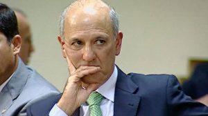 Ex-governador Arruda é novamente absolvido no caso do jogo Brasil x Portugal
