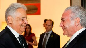 Temer se reúne com Fernando Henrique após ex-presidente criticar escolha de militar para a Defesa