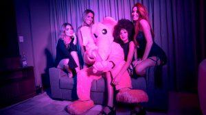 Boate nova-iorquina Pink Elephant inaugura filial em Brasília com show de Make U Sweat
