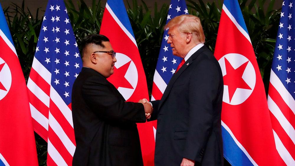 Trump e Kim Jong-un iniciam encontro histórico
