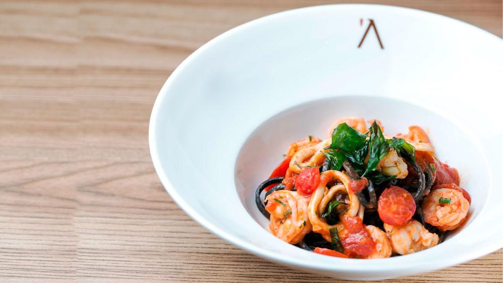 Espaguete com frutos do mar, do 'A Mano. Foto: Rayan Ribeiro