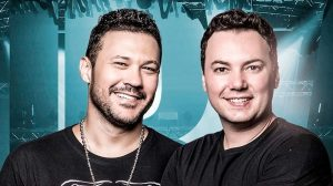 João Bosco & Vinícius fazem show na One no próximo mês