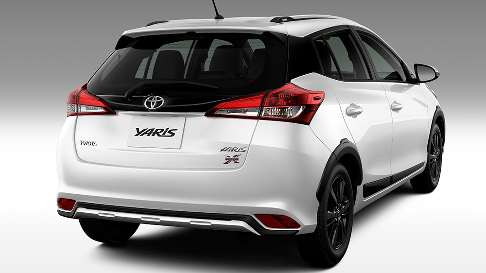 Toyota inicia vendas do Yaris X-Way no mercado nacional